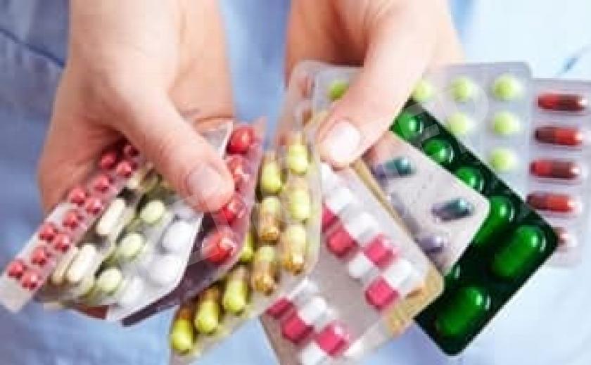У никопольских пациентов исчезают лекарства от COVID-19, переданные родными
