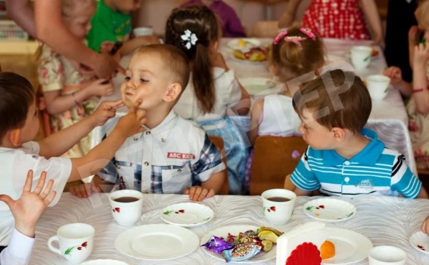 В Никополе подорожало питание в детсадах