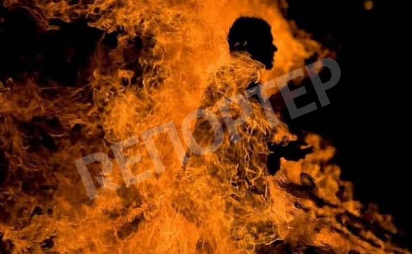 Под Никополем во время пожара обнаружили мужчину без сознания
