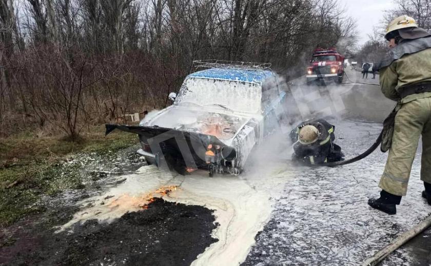 В Покрове на ходу загорелась «копейка», водитель спасся