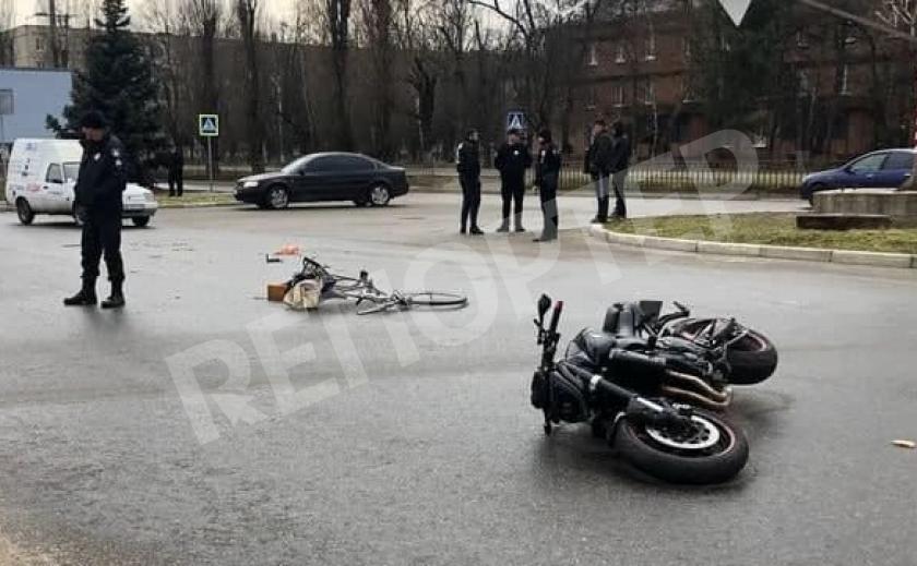 В Никополе пожилой велосипедист стал жертвой ДТП
