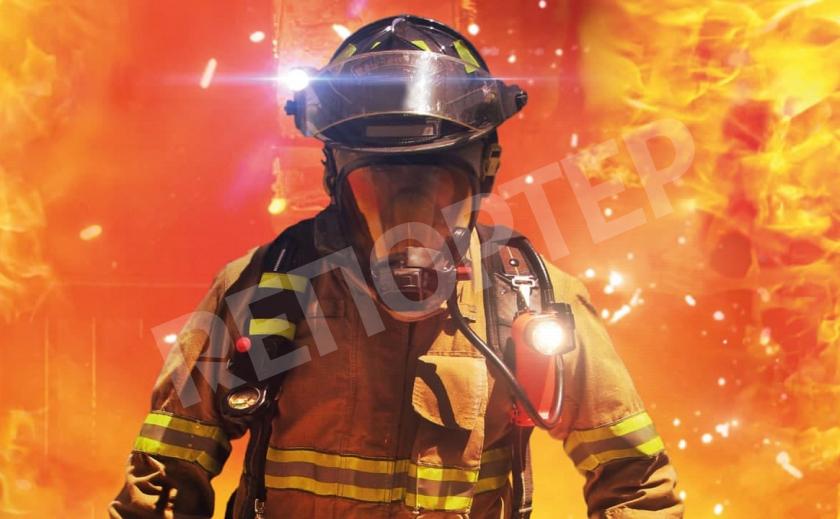 В Никопольской многоэтажке вспыхнул пожар