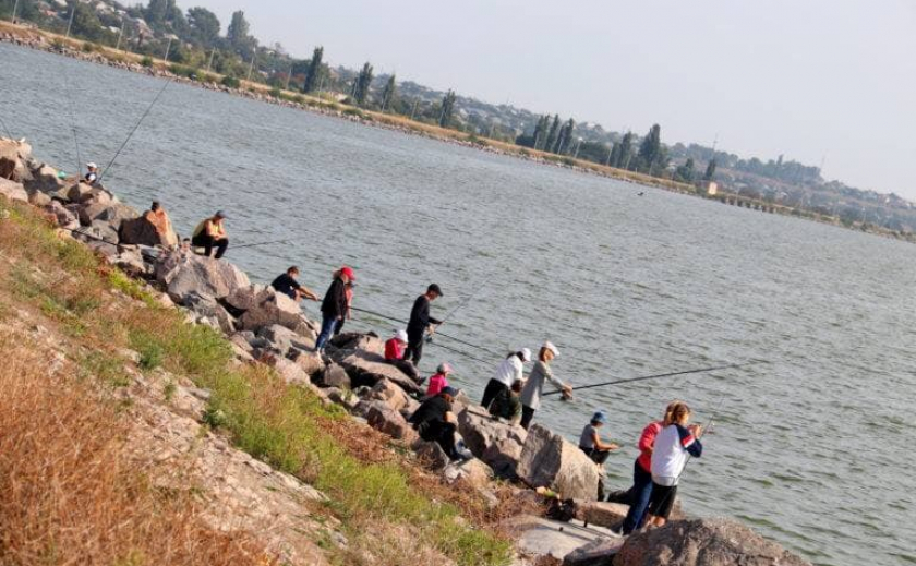 В Никополе 6-летний детсадовец победил в детском рыболовном фестивале