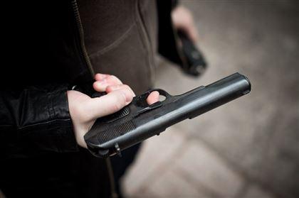 В Никополе студент напал на прохожего с игрушечным пистолетом